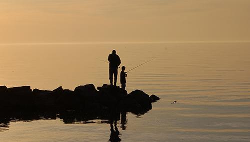 father_child_fishing
