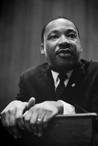 320px-Martin_Luther_King_press_conference_01269u_edit.jpg